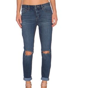 💙HP: NWT Free People Women's Ripped Jeans